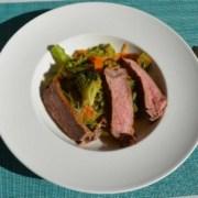 Glasnudeln mit Gemüse und Rindssteak