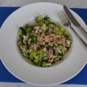roher Broccolisalat