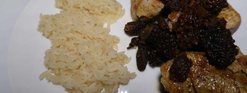 Schweinefilet mit Morcheln und Reis