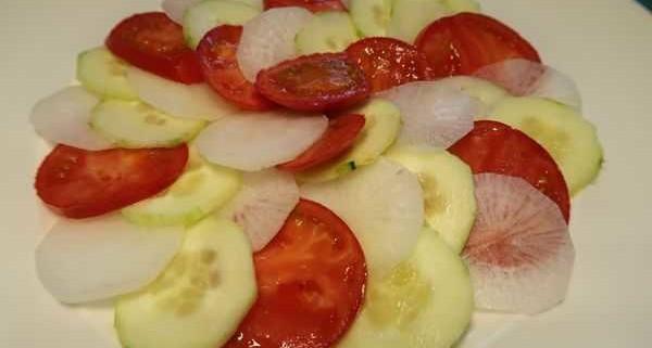 Rettich Gurken Tomaten Salat