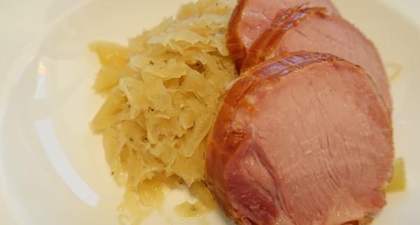 Sauerkraut mit Rollschinken