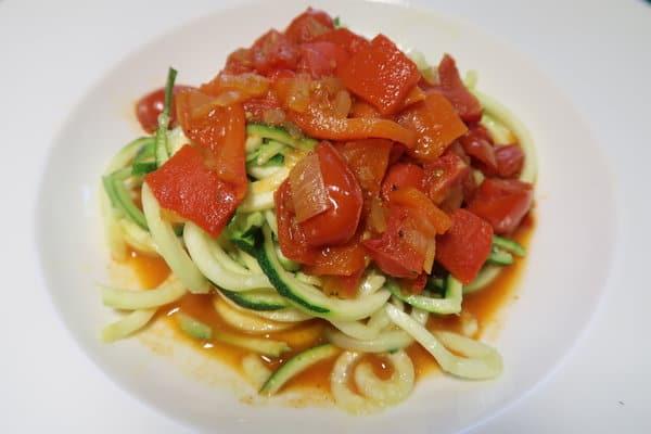 All'arabiata mit Zucchettispaghetti