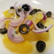 Orangen Oliven Zwiebel Salat
