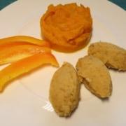 Oranges Menue Kürbispüree rote Linsennocken orange Paprika