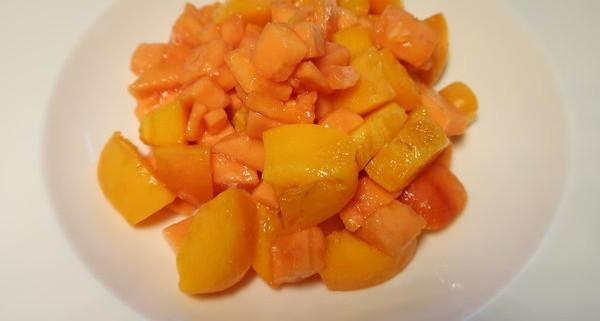 Oranges Menue Papaya Aprikosensalat