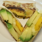 Avocado Ananas Mango in Brikteig