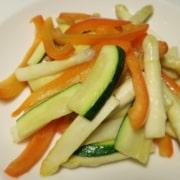 Spargel Peperoni Zucchetti Salat