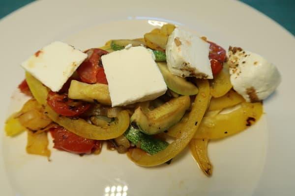 Gemüse mit Frischkäse
