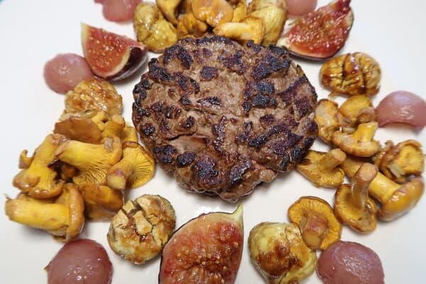 Rehburger mit Eierschwämmli Maroni Feige und Weinbirne